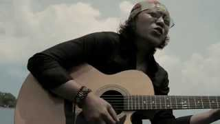 SENANDUNG RINDU - Theja Fathasena (Official Video)