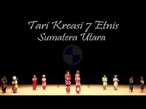 Tari Kreasi 7 Etnis Sumatera Utara oleh UKSU-ITB pada MCI 2017 di Ibaraki, Jepang, 6 Januari 2018