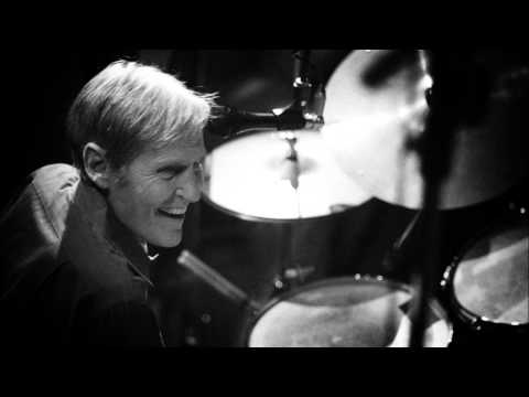 Levon Helm - The Battle Is Over But The War Goes On (2005)