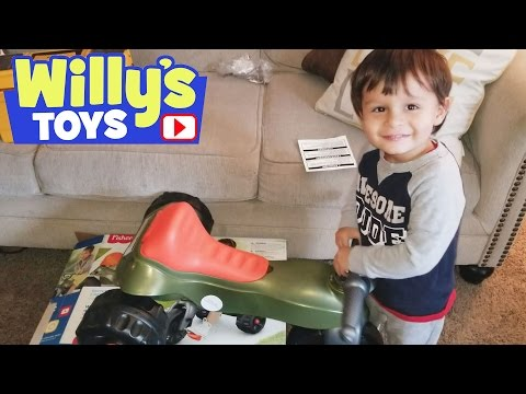 Fisher Price Tough Trike Big Wheel Toy Review | WWE Blind Bag | Willys Toys