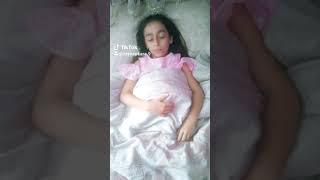 ECE SEÇKİN- DİBİNE DİBİNE TİKTOK Video