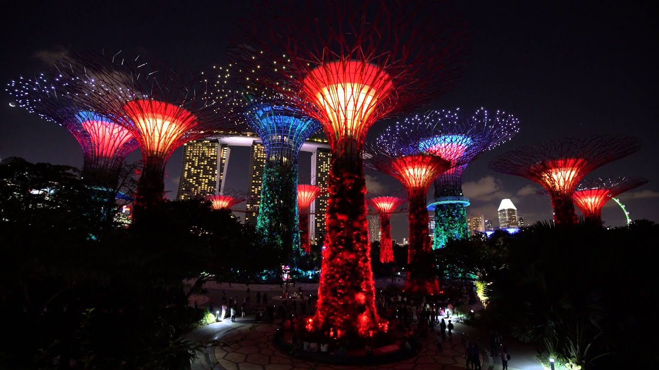 gardens by the bay singapore lightshow 4k january 13th 2016 part 2 of 2