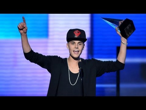 Justin Bieber Lands Into World Records Book!