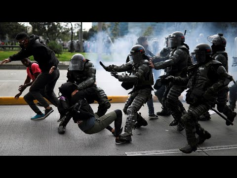 Officers killed in Colombia protests