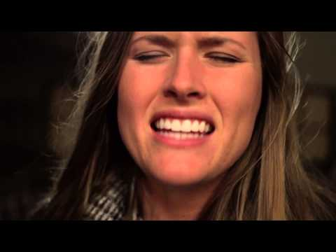 "Hannah Huston - ""Gone"" - A Live Cover of Lianne La Havas"