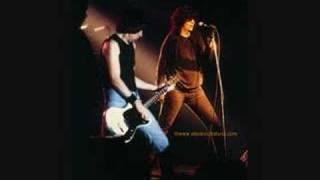 The Ramones - Freak Of Nature/I Wanna Be Sedated (Live 1986)