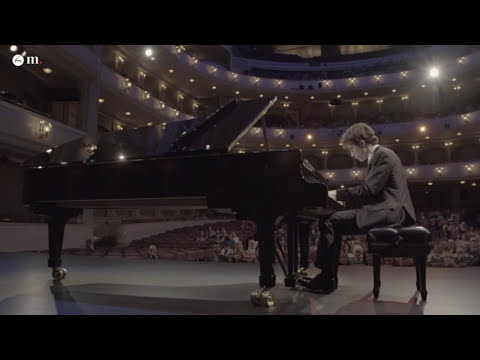 Brahms Variations on a Theme by Paganini Op.35 - Part I (Leonardo Pierdomenico)
