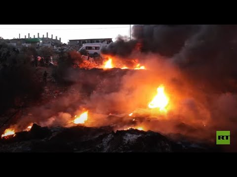 متظاهرون يضرمون النار في إطارات السيارات في الضفة الغربية  - نشر قبل 5 ساعة
