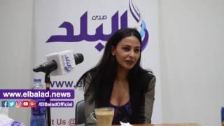 ميس حمدان: هذه الفنانة 'ملكة الإغراء'.. صور وفيديو