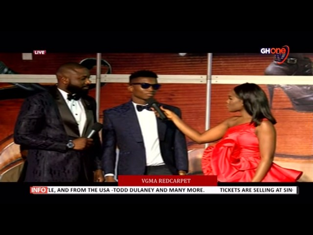 Kofi Kinata with Berla Mundi on the red carpet #vgma2017