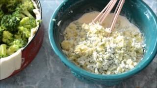 Pie with broccoli and blue cheese. Пирог с брокколи и сыром с плесенью