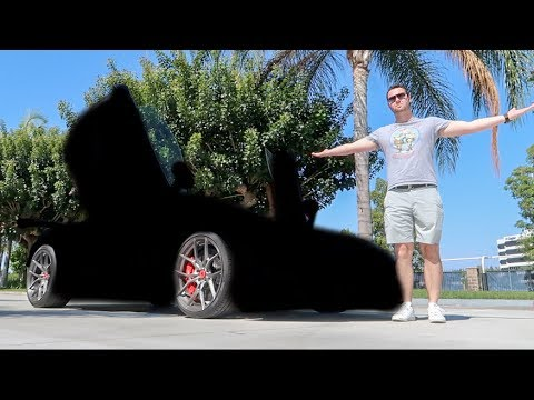 WRAPPING THE LAMBO!!