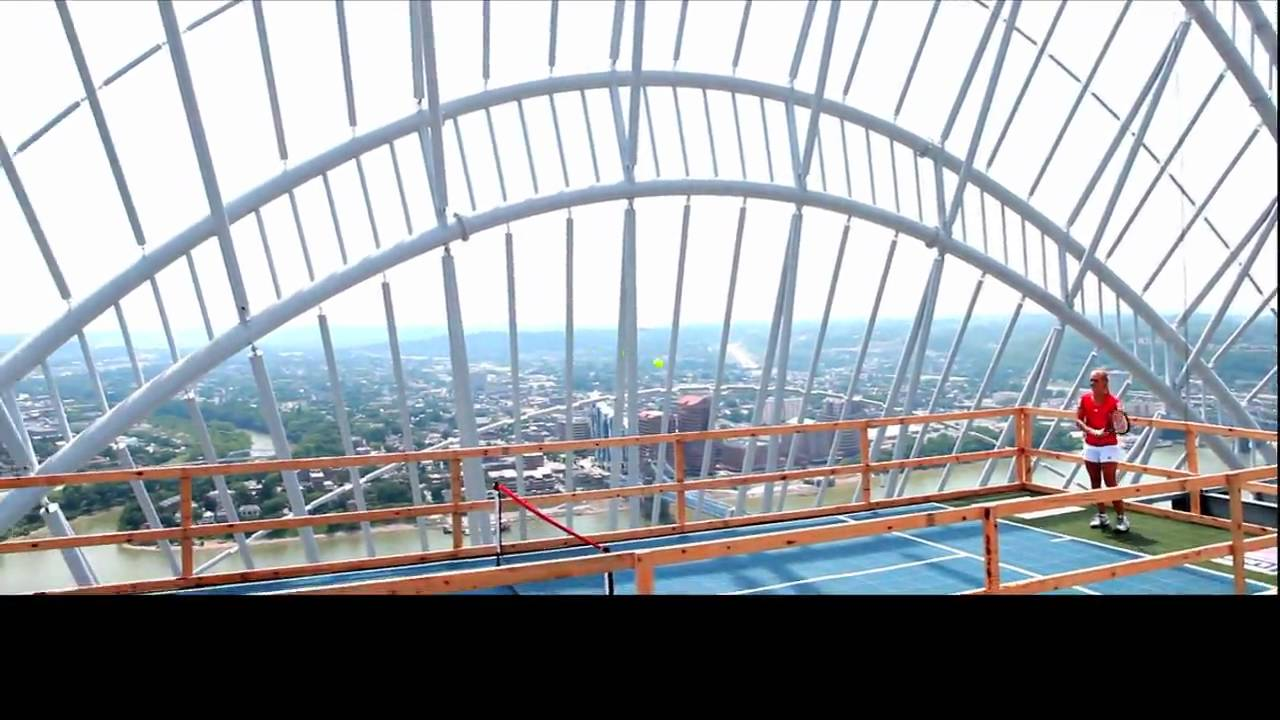 Photo op oudin vs boserup rooftop tennis cincinnati for Great american builders