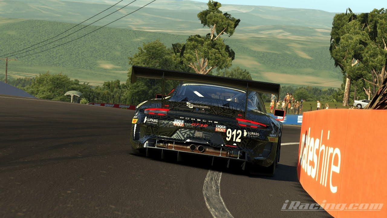 iRacing Porsche GT3R Hotlap @ Bathurst