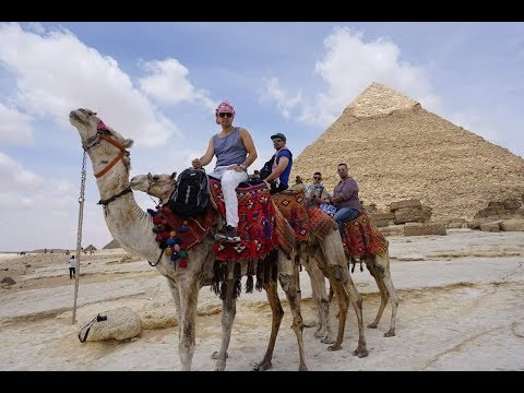 happy traveller Cairo  مصر القاهرة