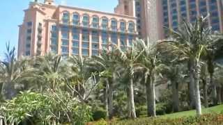 Palm Jumeirah Monorail - Atlantis Hotel - Dubai - UAE