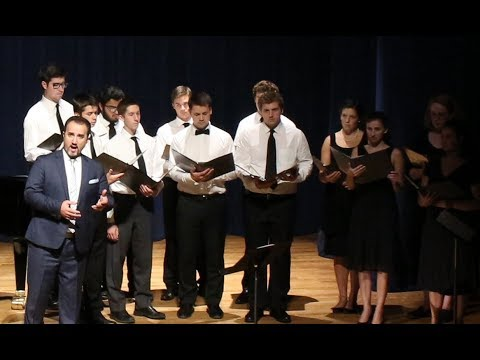 """Ave Verum,"" Luciano Lamonarca & the Thomas Aquinas College Choir"