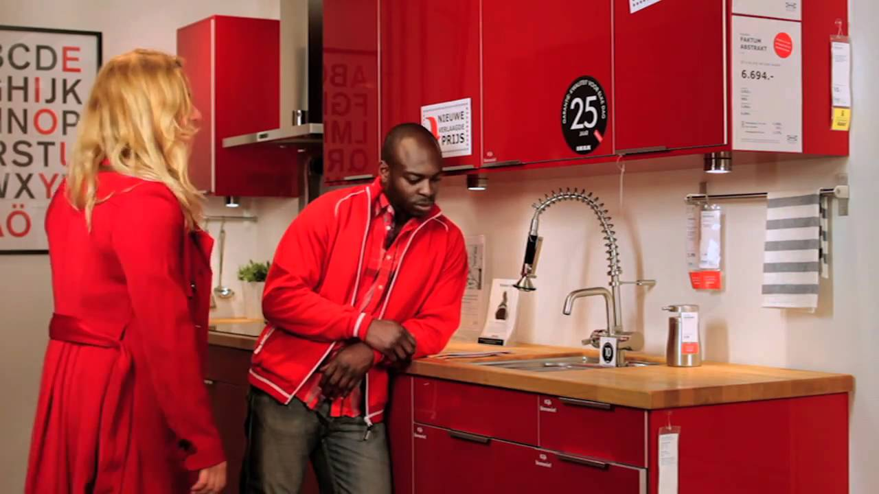 Rode Keuken Ikea : IKEA commercial 20 april 2011