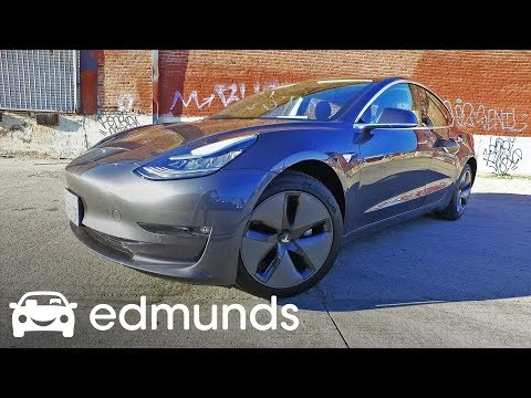 Edmunds Blasts Tesla Model 3 for Quality Issue