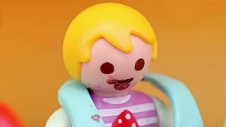 Playmobil Film   Lisa verschmiert sich mit Schokolade mit 👨👩👧👦 Familie Sandmann