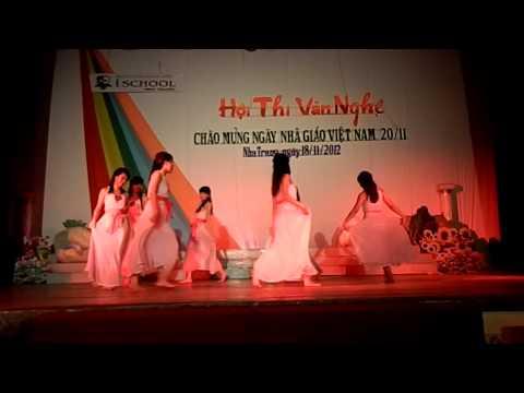 Múa Non nước hữu tình - 12A2 ischool Nha Trang