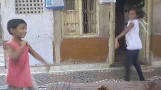 Children dance  on Sar rr  ghume Tera ghaghra