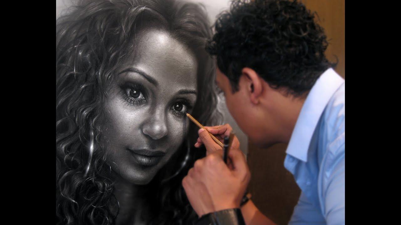 Portrait Hyperrealism Pencil Drawing By Gerardo Monroy Artist - Artist uses pencils to create hyperrealistic drawings of paint