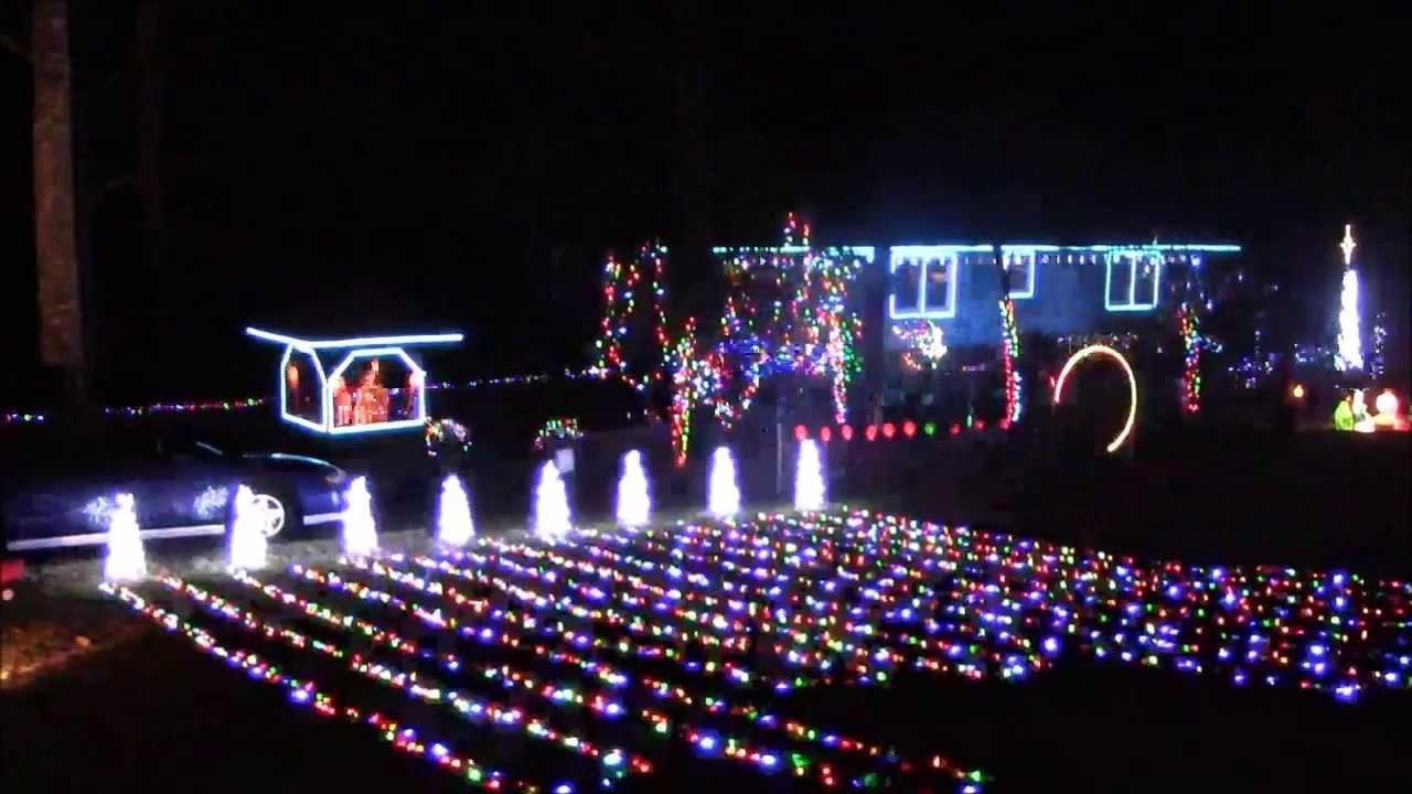 Emery\'s Christmas Light Show, Carol of the bells using Light-o-Rama ...