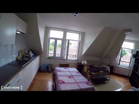 Elegant 2-bedroom duplex apartment for rent in Woluwe-Saint-Pierre - Spotahome (ref 118847)
