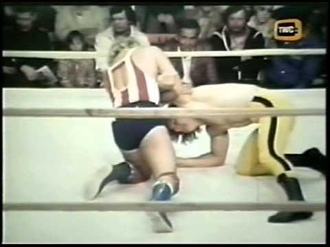 Bruce Hart vs Dynamite Kid