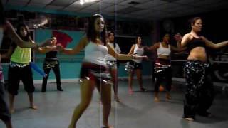 u4ria belly dance class