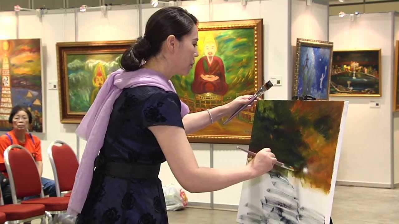 胡娜油畫世界巡迴展-新加坡國際展覽中心 -胡娜現場畫畫-新加坡畫展 - YouTube