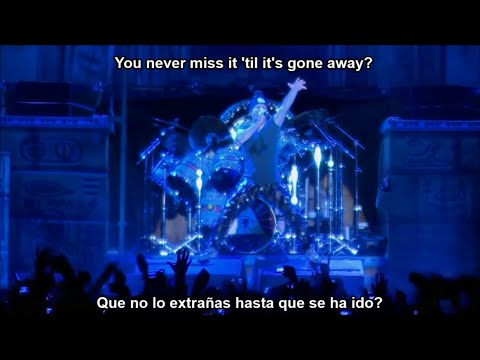 Iron Maiden Wasted Years Subtitulos al Español y Lyrics (HD)