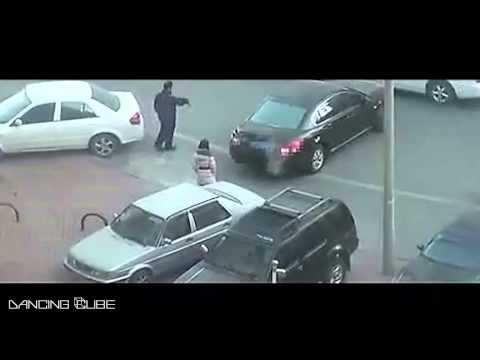 Epic Parking Fail - When Two Japanese Girls Meet in the Parking Lot