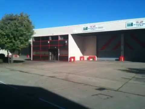 TO LET - PERTH TRADING ESTATE, SLOUGH, SL1 4XX