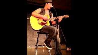 Kenji playing Gone Going Gone by Black Eyed Peas/Will.i.am ft. Jack Johnson (Cover)