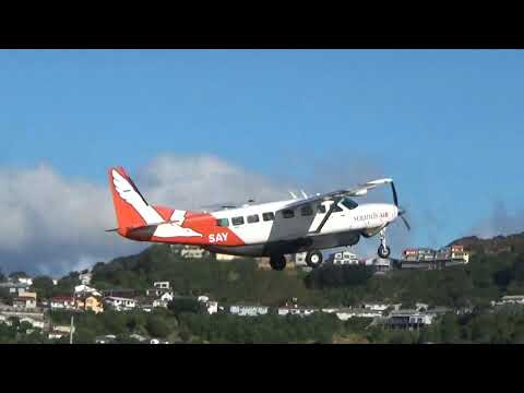 Wellington Airport - Sounds Air Cessna 208 Grand Caravan ZK-SAY Take off RWY16