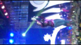 Shreya Ghoshal singing Barso re megha megha ( on sreebhumi )