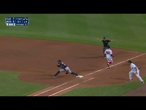 CLE@BOS: Betts Chops RBI Single Down Third-base Line
