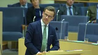 Ulf Kristersson frågar Jonas Sjöstedt vad (V) vill kräva av (S)