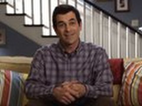 Phil helps jay with the printer modern family youtube for Modern family printer