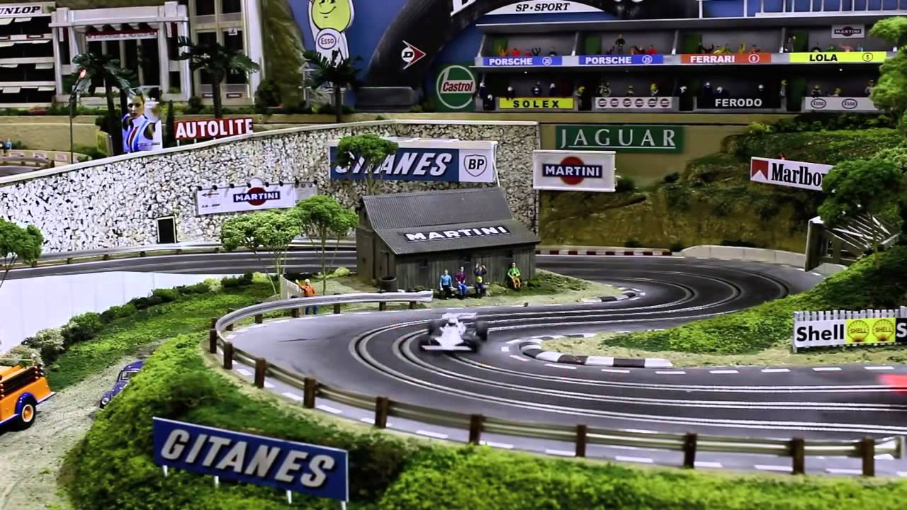 vid o un circuit de course miniature factur 300 000 dollars youtube. Black Bedroom Furniture Sets. Home Design Ideas