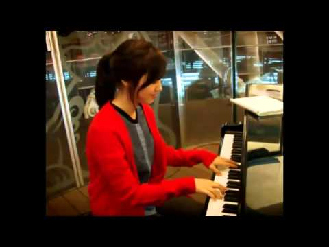 """Jin Se Yeon plays the Piano (Heart & Soul from """"Superman Returns"""" & Time Travel Theme from """"Secret"""")"""