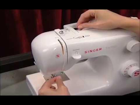 Máquina de costura SINGER Tradition 2250 - Passando a linha na máquina