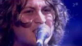 The Zutons - Valerie (Live@London,2006)