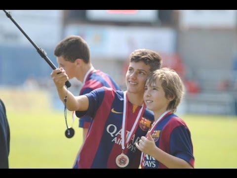 Download Adrián Bernabé vs Volendam ● Barcelona Infantil A (U15) ● MIC 2015