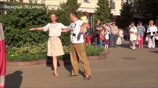 ТАНЦУЕМ ПОД ПЕСНЮ М. ЖИТЕНЕВОЙ! Brest! Music! Dance!