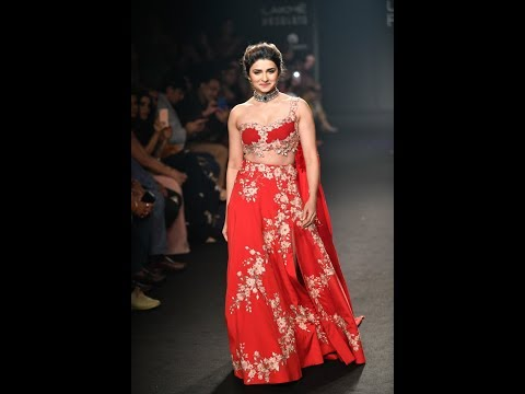 Lakmé Fashion Week winter festive 2018 India Julie Shah Collections India