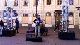 Уличные Музыканты Классно играет на Гитаре и Красиво Поет Агата Кристи