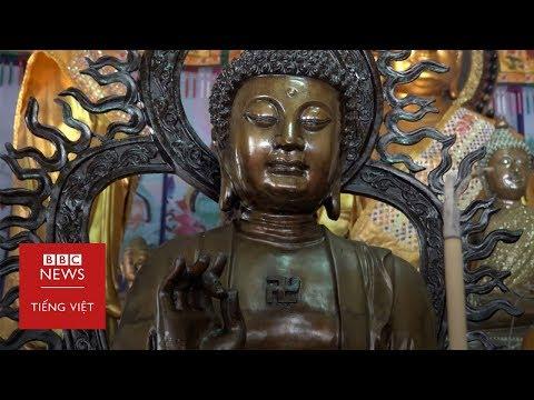 Thái Lan: Sư thầy người Thái tụng kinh tiếng Việt ở Bangkok - BBC News Tiếng Việt